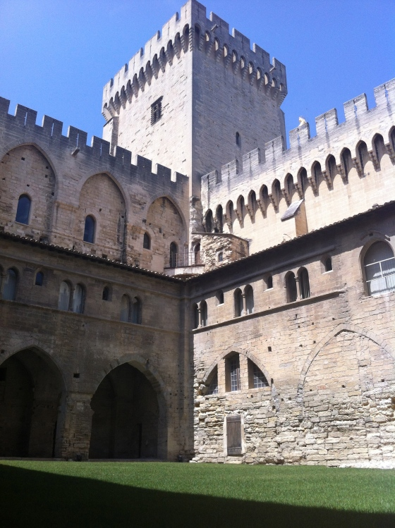 A courtyard inside the Palais des Papes